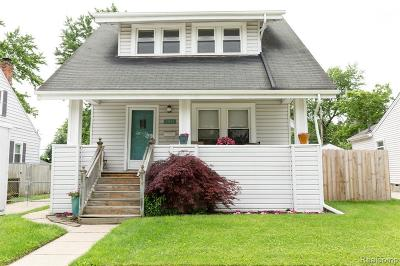 Berkley Single Family Home For Sale: 2655 Kenmore Rd
