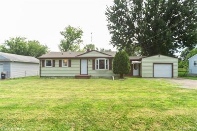 Flint Single Family Home For Sale: 4488 Marlborough Dr