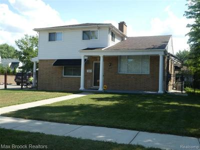 Berkley Single Family Home For Sale: 1299 Wiltshire Rd
