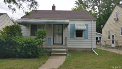 Harper Woods Single Family Home For Sale: 19154 Washtenaw St