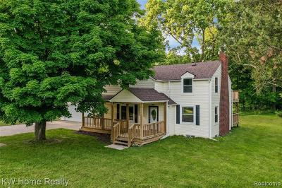 Sterling Heights Single Family Home For Sale: 39420 Utica Rd