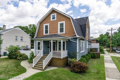 Royal Oak Single Family Home For Sale: 209 S Laurel St