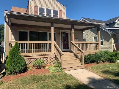 Royal Oak Single Family Home For Sale: 708 S Edgeworth Ave