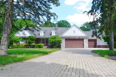 Waterford Single Family Home For Sale: 1526 Merry Rd