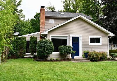 Waterford Single Family Home For Sale: 4072 Hazelett Dr