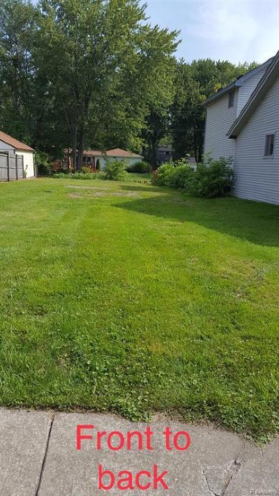 Harrison Twp Residential Lots & Land For Sale: 27827 Moran