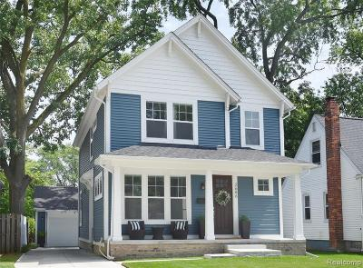 Berkley Single Family Home For Sale: 2686 Wakefield Rd