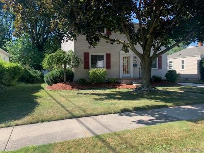Royal Oak Single Family Home For Sale: 1708 Brockton Ave
