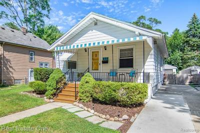 Ferndale Single Family Home For Sale: 550 St Louis