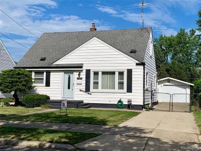 Roseville Single Family Home For Sale: 25894 Waldorf St