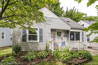 Royal Oak Single Family Home For Sale: 2007 Dallas Avenue