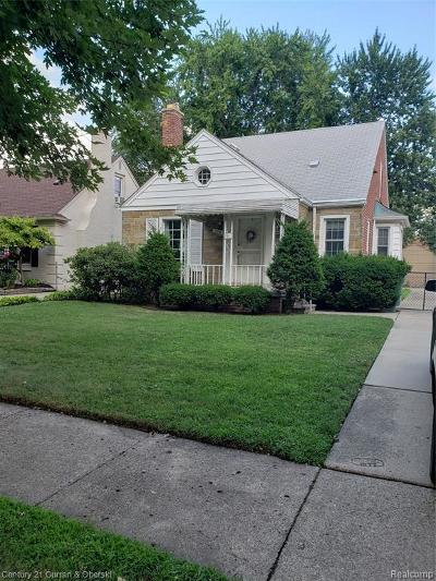 Dearborn Single Family Home For Sale: 234 Highview St