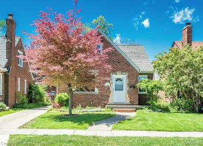 Dearborn Single Family Home For Sale: 533 N Waverly St