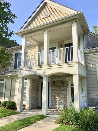 Macomb Condo/Townhouse For Sale: 25550 Sun Sail Crt