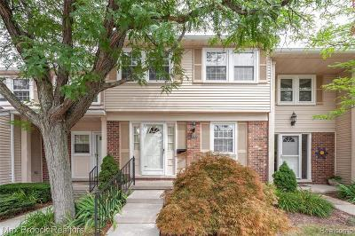 Troy Condo/Townhouse For Sale: 1552 Brentwood Dr