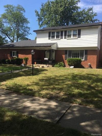 Warren Single Family Home For Sale: 29407 Walker Dr