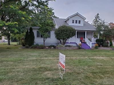 Wayne County Single Family Home For Sale: 29850 John Hauk St