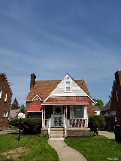 Wayne County Single Family Home For Sale: 15064 Strathmoor St