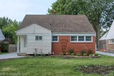 Wayne County Single Family Home For Sale: 20506 Lancaster St