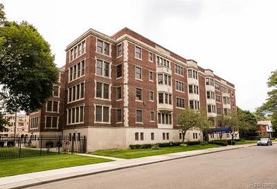 Detroit Condo/Townhouse For Sale: 1001 Covington Dr
