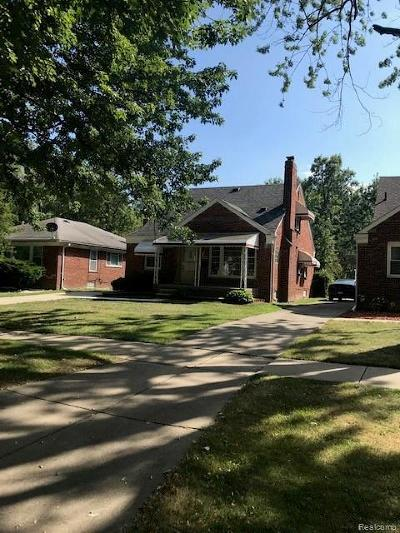Harper Woods Single Family Home For Sale: 20540 Woodmont St