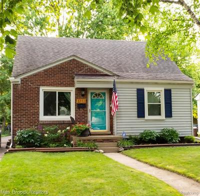 Royal Oak Single Family Home For Sale: 3111 Ferris Ave