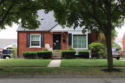 Allen Park Single Family Home For Sale: 15237 Oceana Ave
