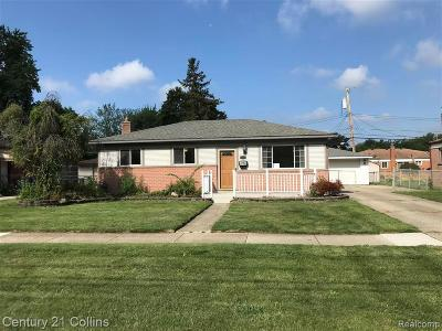 Warren Single Family Home For Sale: 31641 Hayes Rd