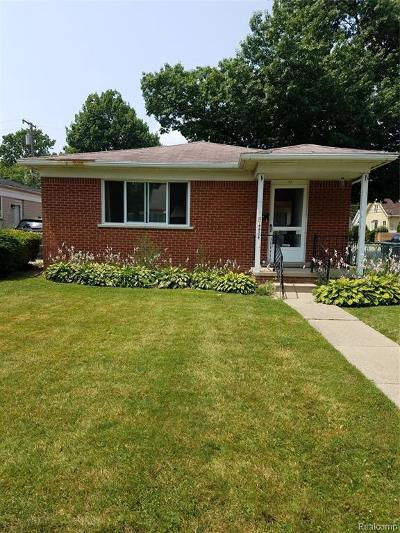 Dearborn Heights Single Family Home For Sale: 4404 Huron St