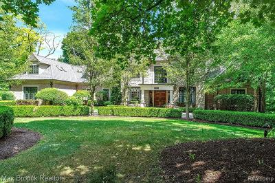 Bloomfield Hills Single Family Home For Sale: 1780 Hillwood Dr