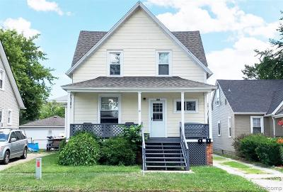 Marine City MI Multi Family Home For Sale: $124,750