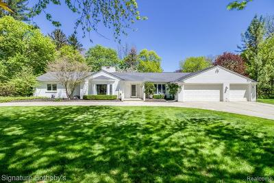 Bloomfield Hills Single Family Home For Sale: 5185 Longmeadow Rd