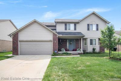 Fraser Single Family Home For Sale: 15794 E 14 Mile Rd