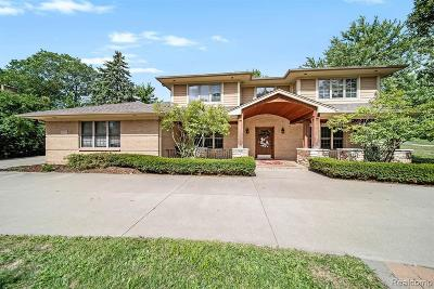 Bloomfield Hills Single Family Home For Sale: 100 Devon Rd