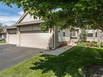 Utica Condo/Townhouse For Sale: 12110 Noonan Crt