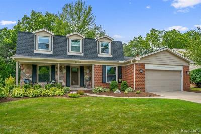 Plymouth Single Family Home For Sale: 10129 N Canton Center Rd