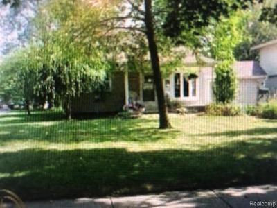 Trenton Single Family Home For Sale: 3259 Lafayette Dr