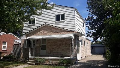 Saint Clair Shores Single Family Home For Sale: 27710 Ursuline St