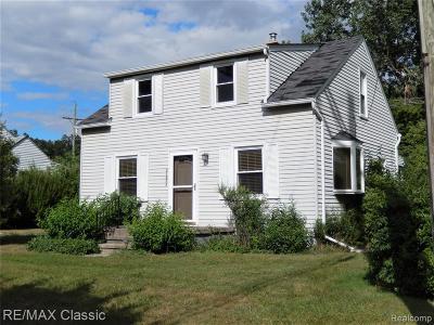 Farmington Hills Single Family Home For Sale: 21022 Gill Rd