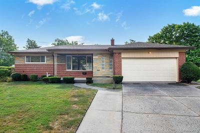 Dearborn Heights Single Family Home For Sale: 6860 Amboy St