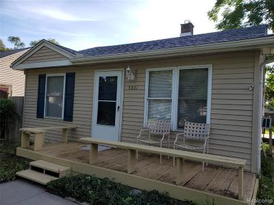 Taylor Single Family Home For Sale: 5931 Oldham St