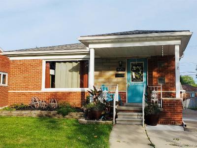 Allen Park Single Family Home For Sale: 9371 Marlborough Ave
