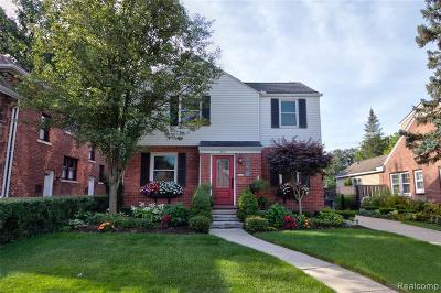 Ferndale Single Family Home For Sale: 585 W Breckenridge St