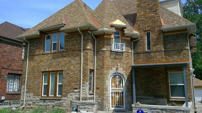 Detroit Single Family Home For Sale: 12332 Broadstreet Ave