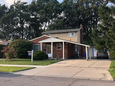 Dearborn Heights Single Family Home For Sale: 27250 Midway St