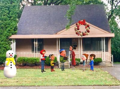 Royal Oak Single Family Home For Sale: 3134 Harvard Rd