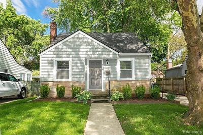 Royal Oak Single Family Home For Sale: 818 N Connecticut Ave