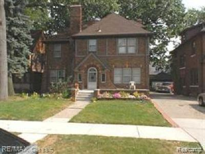 Detroit Single Family Home For Sale: 18082 Wildemere St