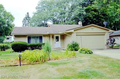 Southfield Single Family Home For Sale: 30080 Northgate Dr