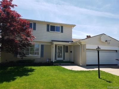 Dearborn Heights Single Family Home For Sale: 27107 Timber Trl